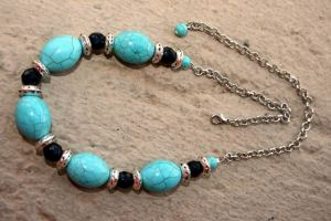 Turquoise and Faceted Onyx Gemstone Adjustable Choker Necklace, Beaded Necklace